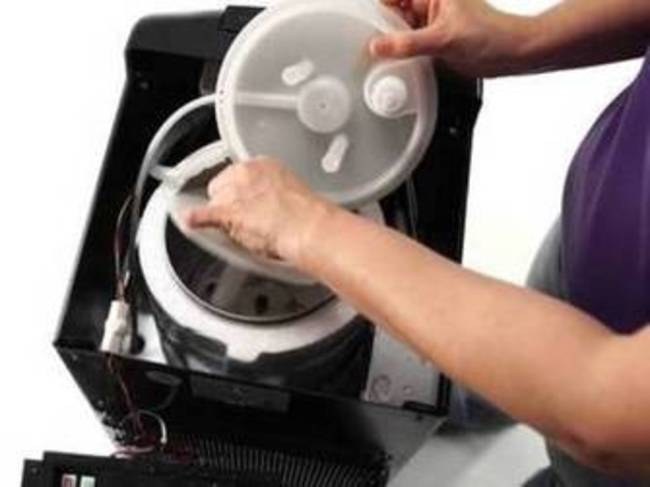 How to Clean a Bottom Loading Water Cooler